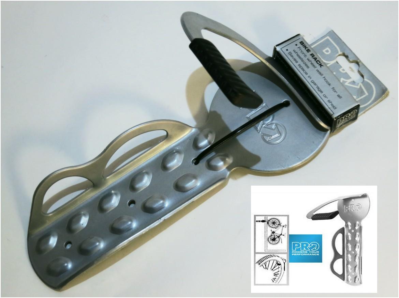 shimano vertikal wandhalterung bike rack f r mtb bis rennrad bikemarkt mtb. Black Bedroom Furniture Sets. Home Design Ideas