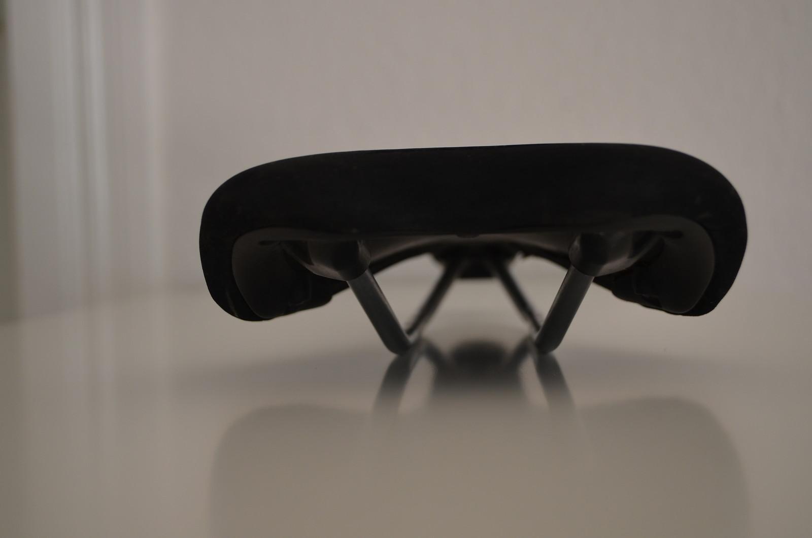 stevens velocity sattel bikemarkt mtb. Black Bedroom Furniture Sets. Home Design Ideas