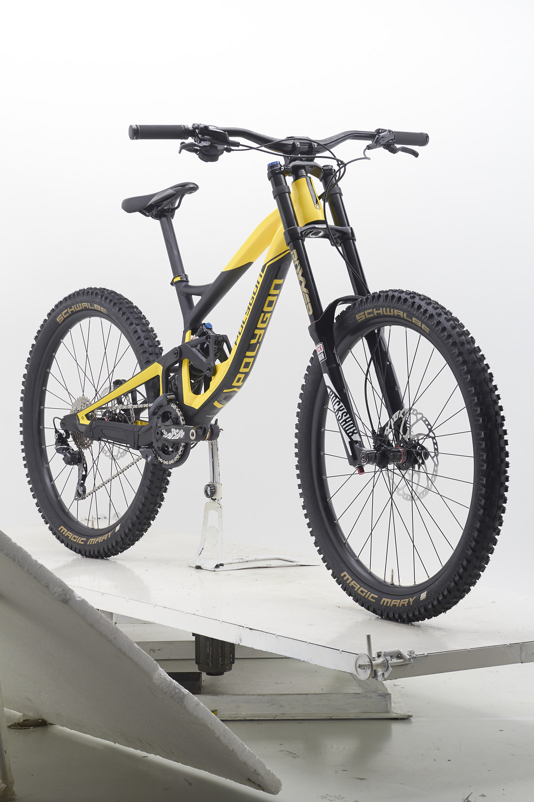 polygon collosus dh7 downhill bike 650b mountainbike 27 5. Black Bedroom Furniture Sets. Home Design Ideas