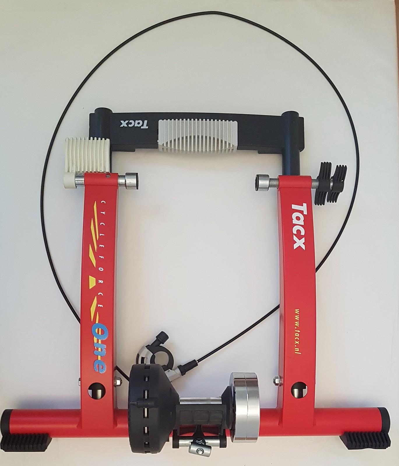 Spiksplinternieuw Tacx Rollentrainer Cycleforce ONE   Bikemarkt.MTB-News.de IP-93